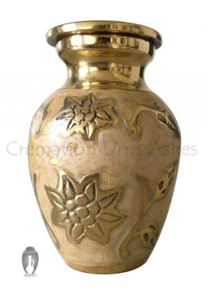 Gold Color Engraved Leaf Cremation Keepsake Urn For Human Ashes