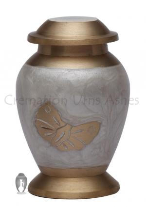Neston Small Keepsake Urn for Human Ashes